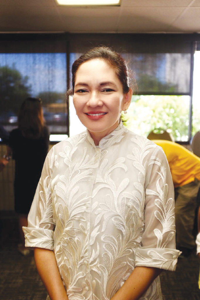 Philippine Sen. Hontiveros speaks about maritime incident, political activism during visit with LA Fil-Am community